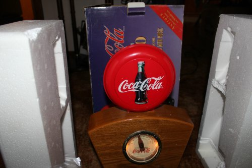 coca-cola-radio-the-red-disc-icon-lights-up-flashes-with-music