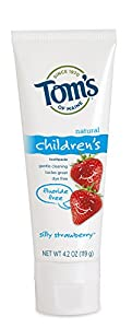 Tom's of Maine Fluoride Free Children's Toothpaste, Silly Strawberry, 4.2 oz, 3 Piece