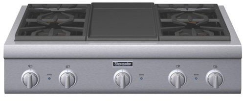 Thermador Professional : PCG364GD 36 Pro-Style Gas Rangetop with 4 Pedestal Star Burners