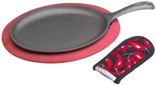 Lodge Cast Iron Fajita Set with Wooden Underliner, Chili Pepper Red