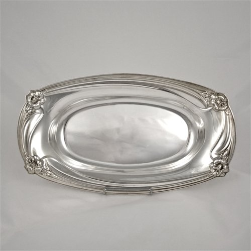 Daffodil by 1847 Rogers, Silverplate Bread Tray