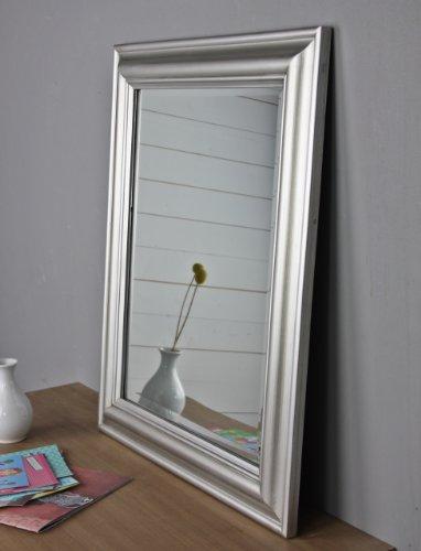 elbmbel-Wandspiegel-Rechteckig-in-silber-antik-mit-62-x-52cm-im-Landhausstil-mit-schlichtem-Holzrahmen