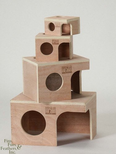 Prevue-Hendryx Hamster Hut Wood Small