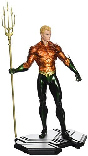 DC Collectibles DC Comics Icons: Aquaman Statue (1:6 Scale)