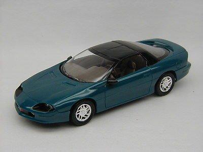 #8959 Ertl/AMT 1994 Camaro Z28,MediumTeal Blue Metallic 1/25 Plastic Promo,Fully Assembled (1994 Camaro Z28 Parts compare prices)