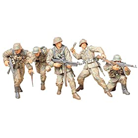 German Front-Line Infantrymen v Kit