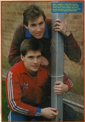 shoot-football-magazine-west-ham-united-stewart-robson-tony-cottee-picture