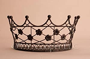 "Wrought Iron 10.5"" Wide Crown Wall Basket"