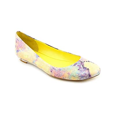 Nine West Guzzler Womens Size 7.5 Yellow Faux Leather Flats Shoes