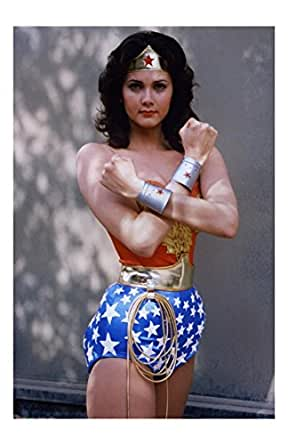 Wonder Woman Actress Linda Carter Unsigned 11x17 Photograph Arms