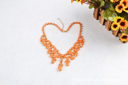 Fashion Orange Resin Beaded Charm Necklace Pendant
