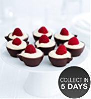 8 Dark Chocolate Cups with Raspberries