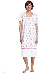 Scallop Neckline Floral Nightdress