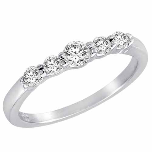 Ryan Jonathan Sterling Silver 5 Stone Center Graduated Round Diamond Promise Ring (1/2 cttw F-G SI1)