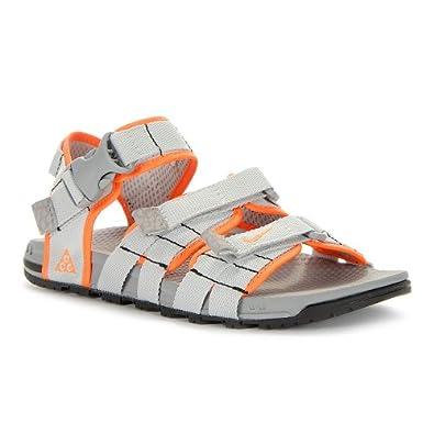 nike air deschutz walking sandals