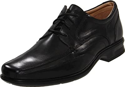 Clarks Men's Verro Real Oxford