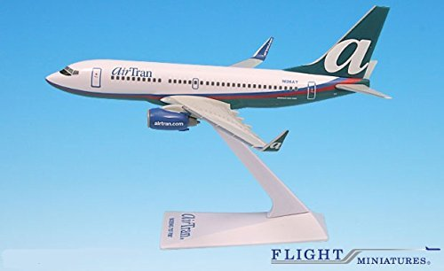 AirTran (04-Cur) Boeing 737-700 Airplane Miniature Model Plastic Snap Fit 1:200 Part# ABO-73770H-021 (Airtran Model compare prices)