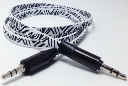 Cablesfrless (Tm) 6Ft 3.5Mm Patterned Tangle Free Auxiliary (Aux) Cable (Zebra White)