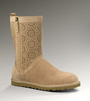UGG Australia Womens Lo Pro Short Perf Boot Fawn Size 9