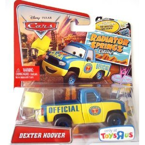 Disney / Pixar CARS RADIATOR SPRINGS CLASSIC Exclusive 155 Die Cast Car Dexter Hoover