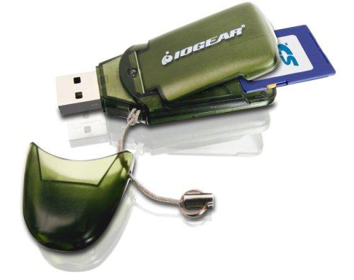 IOGEAR Pocket Card Reader  Hi Speed USB 2.0 Memory Card Reader   Writer Supports 8GB Capacity (GFR212SD)