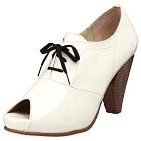olsenHaus Women's Charm Oxford - Free Overnight Shipping on New Styles, Free Return Shipping: endless.com :  rounded toe endless black and white white