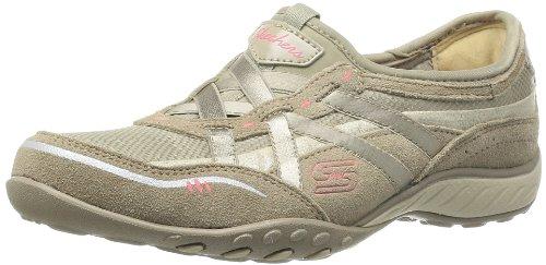 9807bceafcb6 Skechers Women s Breathe Easy Fashion Sneaker