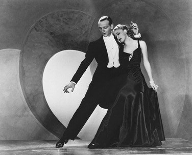 ginger-rogers-as-dale-tremont-fred-astaire-as-jerry-travers-from-top-hat-2-photo-cinematographique-e