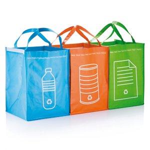 3 poubelles de tri s lectif cuisine maison - Poubelle recyclage maison ...