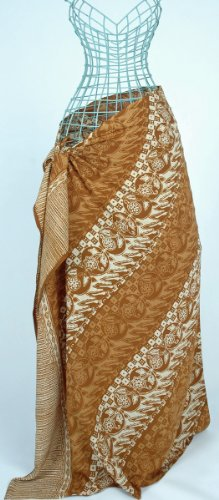 Coffee Cream Diagonal Flowers Batik Sarong Hand Made