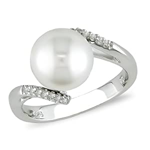 Sterling Silver FW Pearl and Diamond Ring