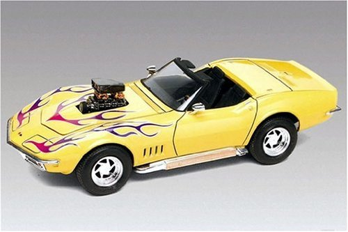 12544-Revell-Monogram-68-Corvette-Convertible-2n-1