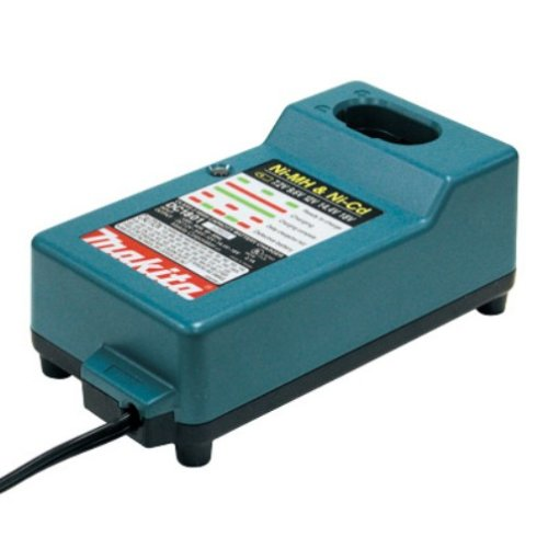 Makita DC1804 7.2-Volt to 18-Volt Pod Style and Stick Style 3-Hour Battery Charger