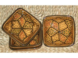 Le Souk Ceramique 4-Inch Set of 4 Square Sauce Dishes, Honey Design