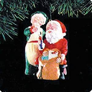 Checking His List Mr. and Mrs. Claus 6th in Series 1991 Hallmark Ornament QX4339
