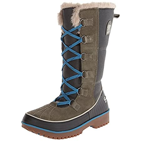 The mukluk-inspired SOREL TivoliTM High II boot boasts a traditional vibe to go with its on-trend look. Lined in microfiber, this women's insulated winter boot is made from waterproof suede and coated canvas with a protective rubber wrap; a waterproo...