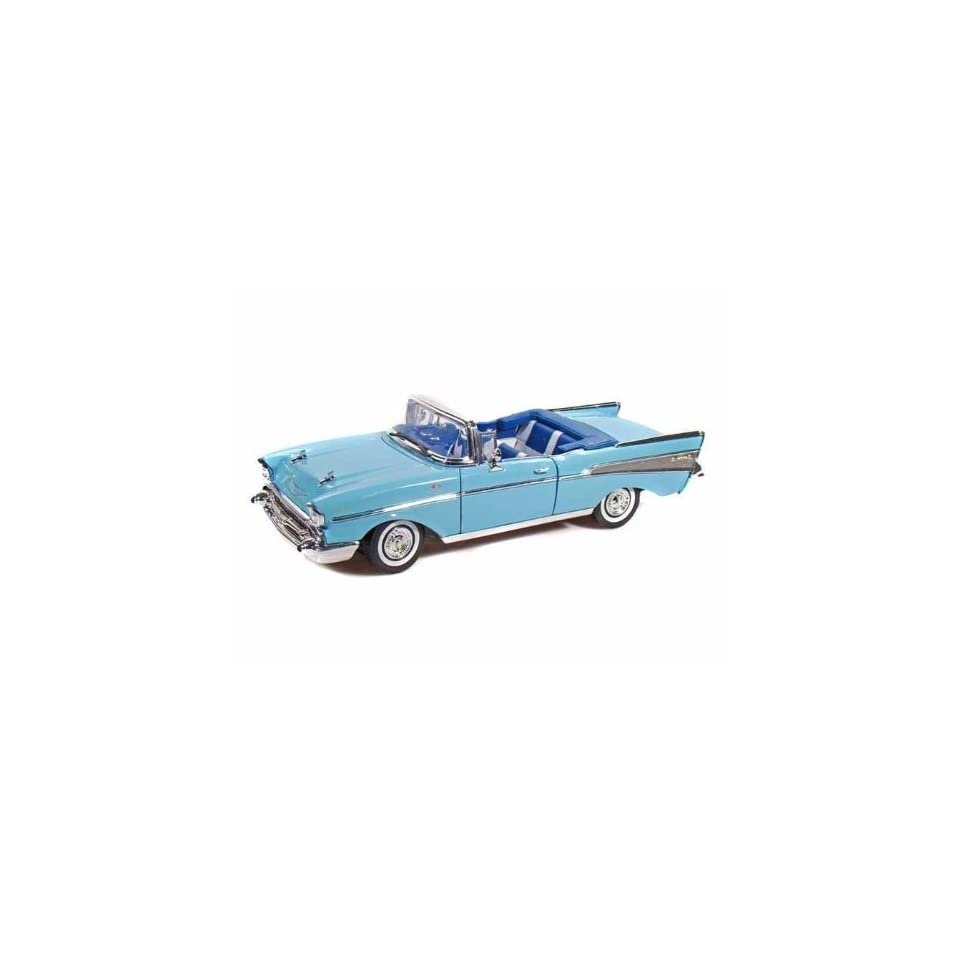 Collectable Diecast 1957 Chevy Bel Air Convertible   Blue