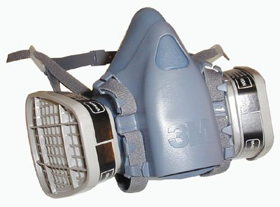 3M 7500 Series Respirator Half Facepiece Kit With Filters Medium (No Eye Protection)