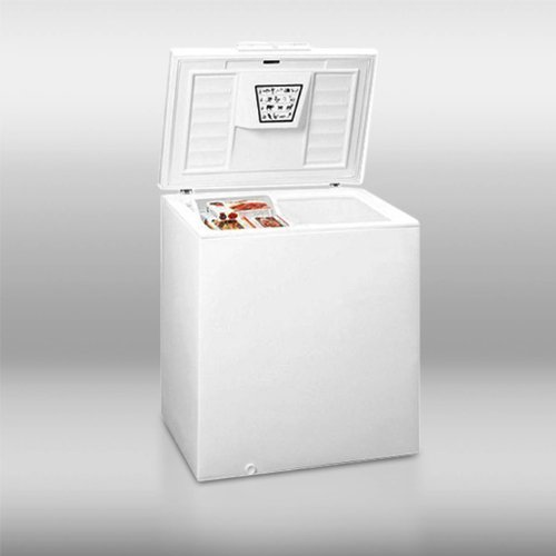 Summit Chest Freezer front-408825