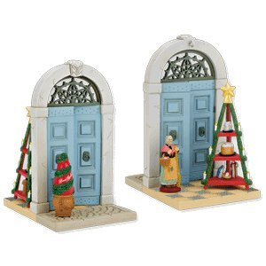 Click to buy Italian Christmas decorations : 'Doorways around the world' ornament from Amazon!