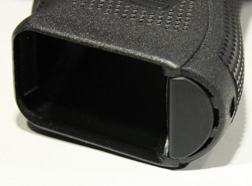 Fixxxer GEN 4 Grip Frame Plug fits Glock 17 19 22 23 31 34 35Fits only Generation 4 (Plain Black) (Color: Black)