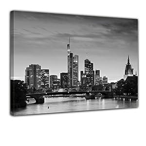 """Bilderdepot24 Leinwandbild """"Frankfurt Skyline schwarz weiß - Deutschland bei Nacht - Deutschland"""" 120x90cm - fertig gerahmt, direkt vom Hersteller"""