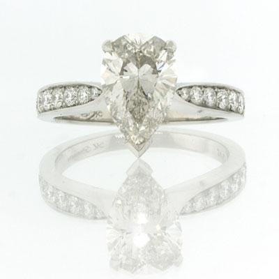 2.89ct Pear Shape Diamond Engagement Anniversary