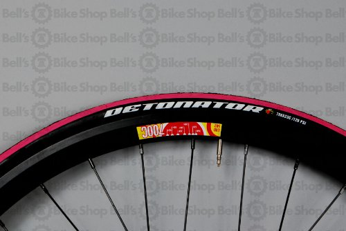 Maxxis Detonator PINK Road Race Training Tire 700x23