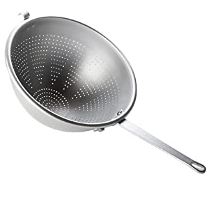Vollrath (4605) 5 qt. Wear-Ever Professional Standard Strength Aluminum Strainer by Vollrath