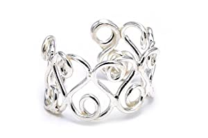 .925 Sterling Silver One Of A Kind Design Toe Ring Adjustable Fit Includes Free Box and Gift Pouch.