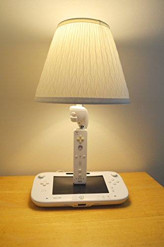 Nintendo-Wii-U-Console-and-Controllers-Light-Sculpture-With-Lamp-Shade