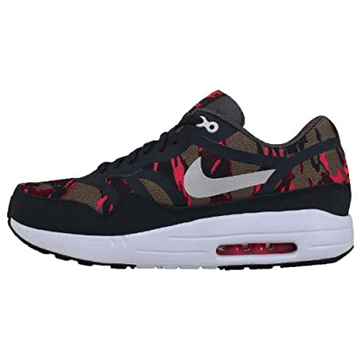 Nike Air Max 1 PRM Tape trainers Petra Brown/Anthracite-Atomic Red Camo Pack