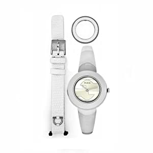 GUCCI Women's YA129501 U-Play Quartz Silver Dial Watch by Gucci