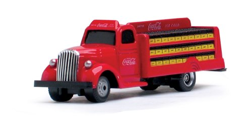 Motor City Classics 1938 Coca-Cola Bottle Truck (1:87 Scale), Red - 1